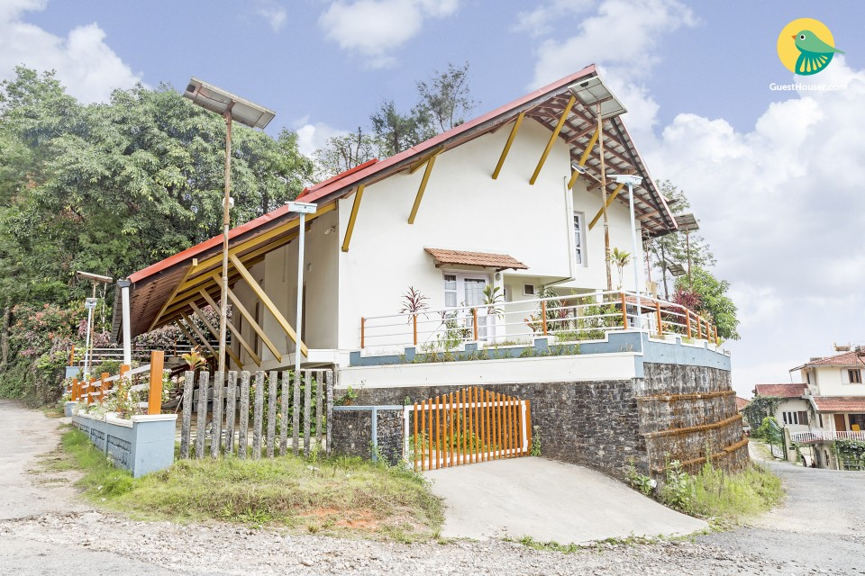 Charming 3-BR homestay, 1.7 km from Madikeri Fort