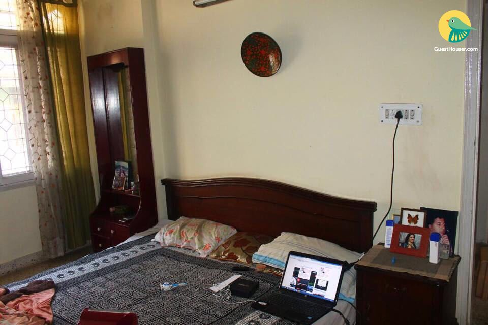 Comfy room to stay for 2, Faridabad