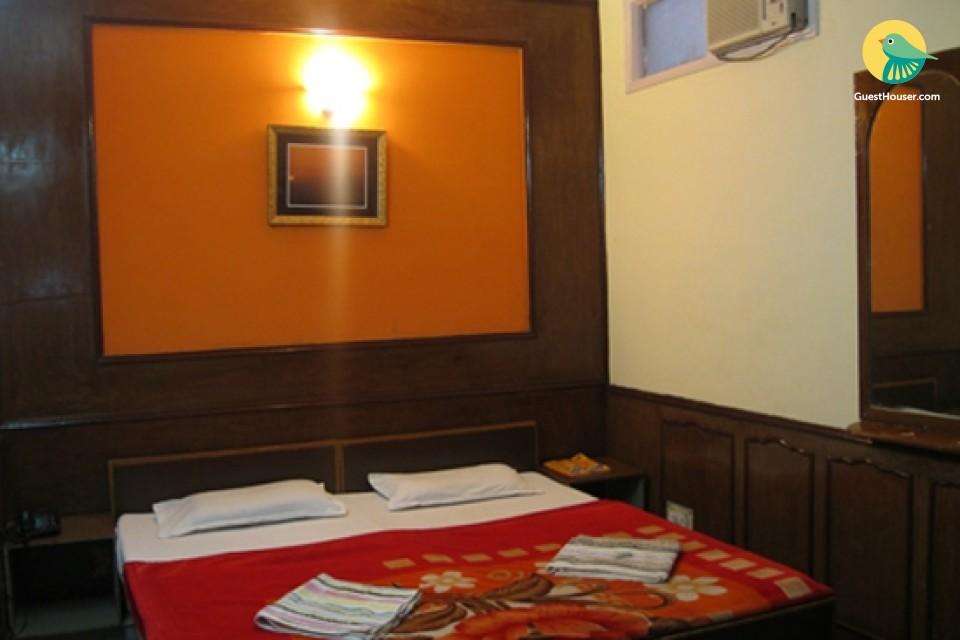 Pleasant Stay in Taj Town