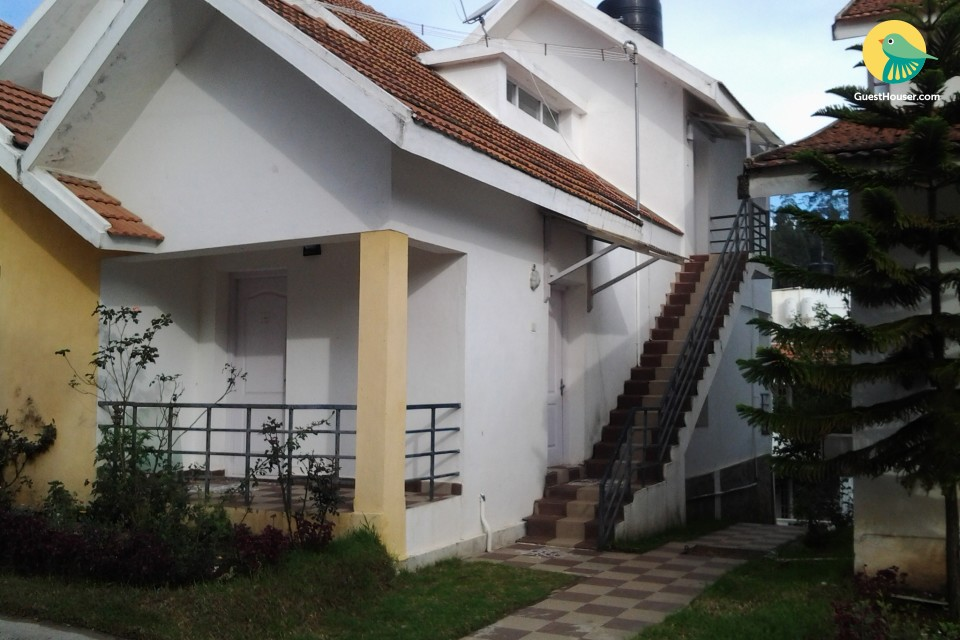 Capacious villa for three, near Palni Hills