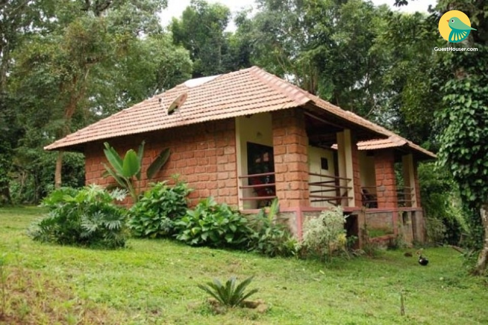 Peaceful abode for a group of trekkers