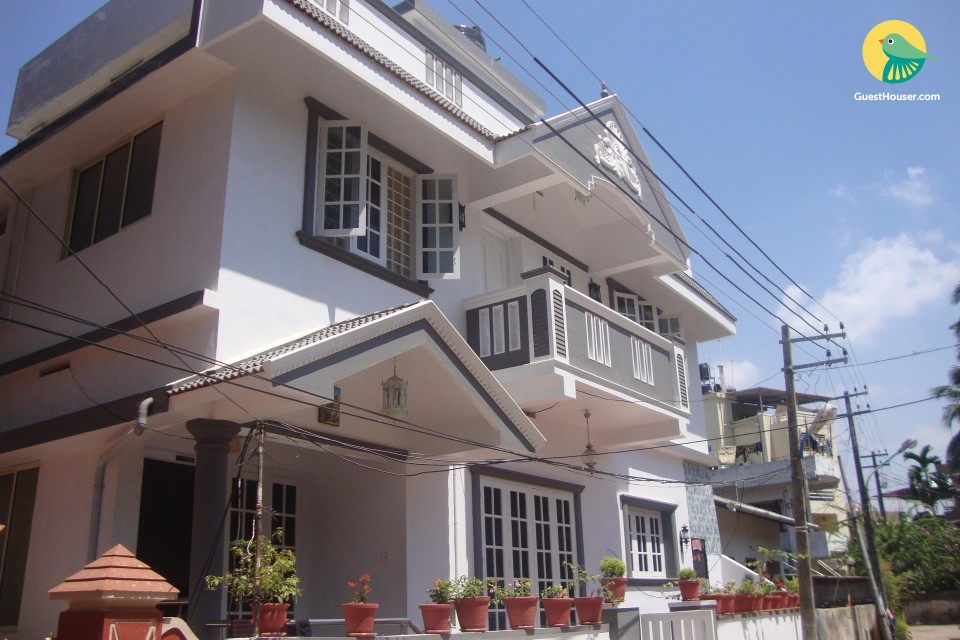 2-BR homestay near Dutch Palace