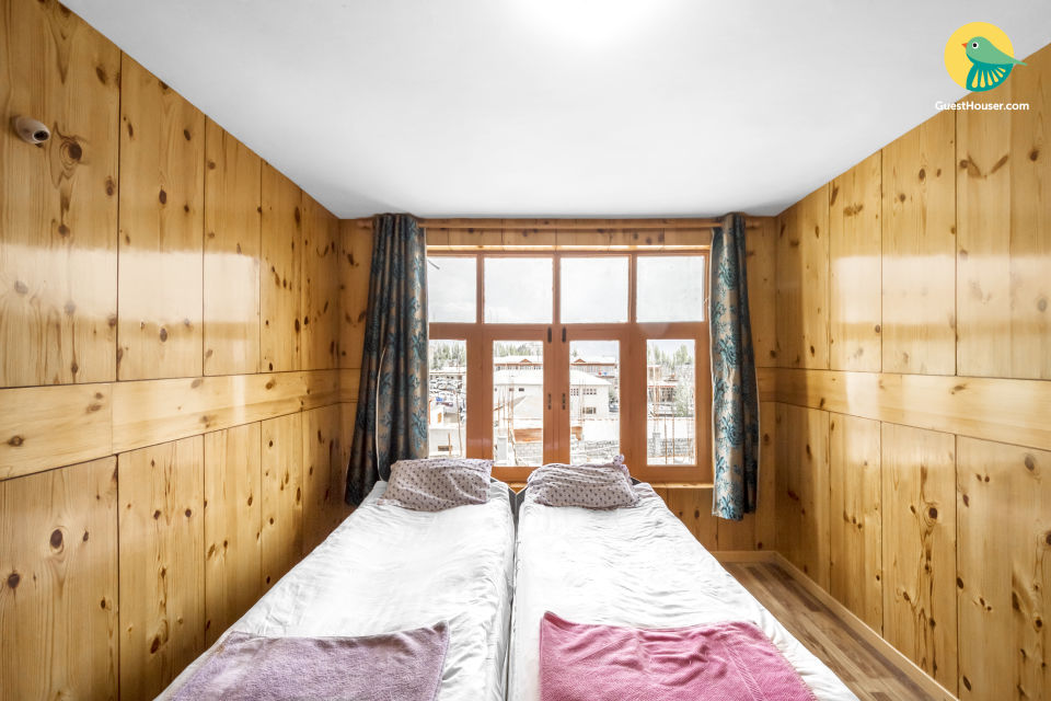 Restful 10-BR accommodation for large groups