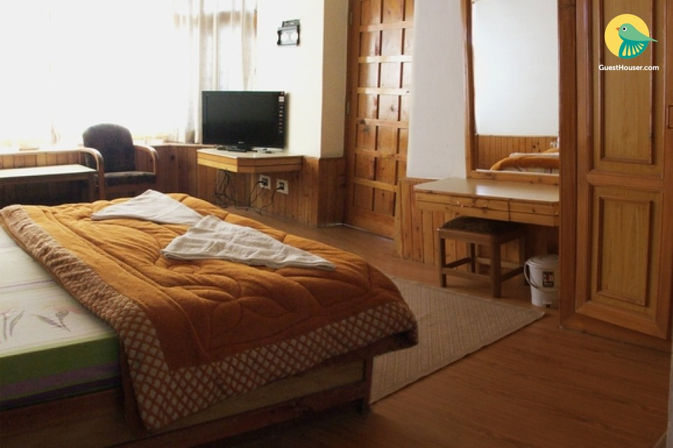 Cosy room in a cottage for three, 1.9 km from Hadimba Temple