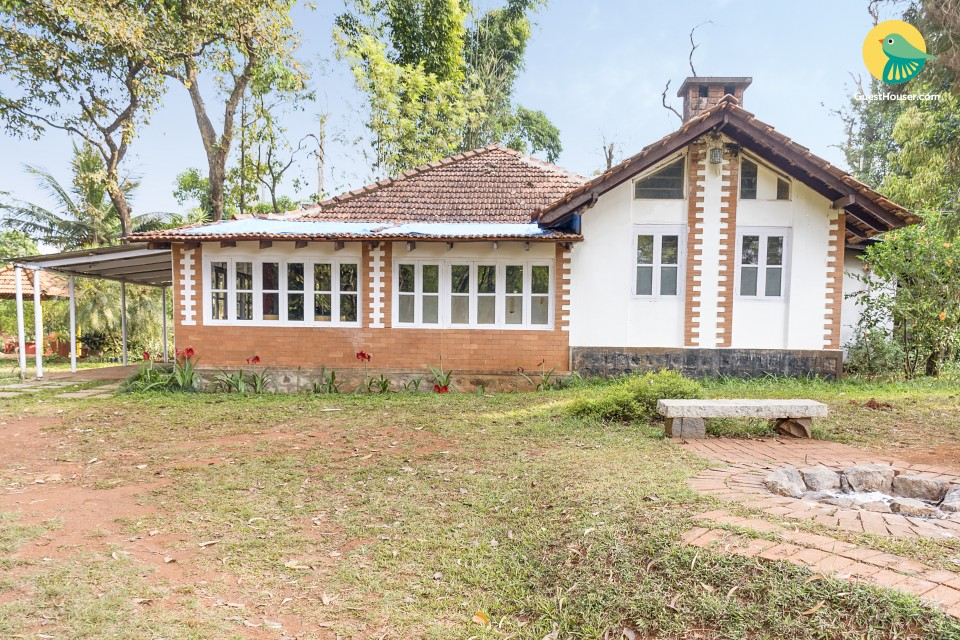 Peaceful abode for three, ideal for leisure travellers