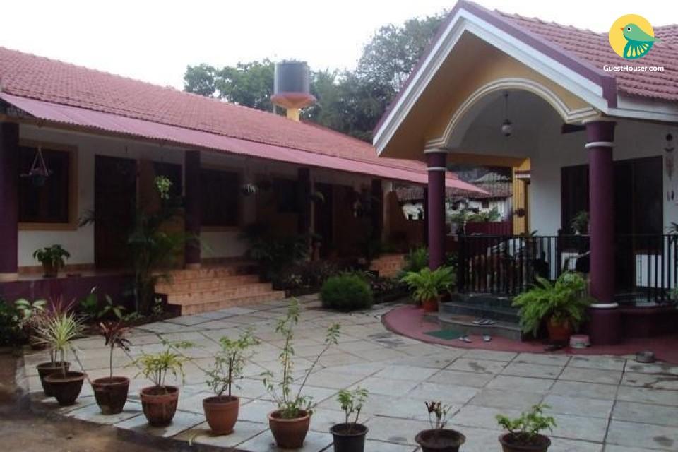 6-bedroom accommodation in Anjuna