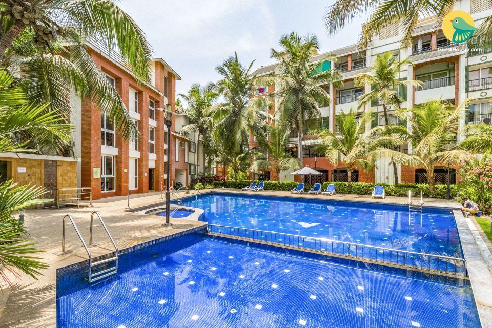 Elegant 1 BHK with a pool, near Baga Beach