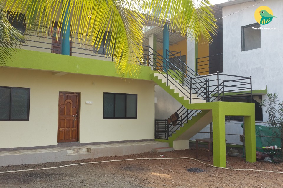 Spacious 4 bedroom stay