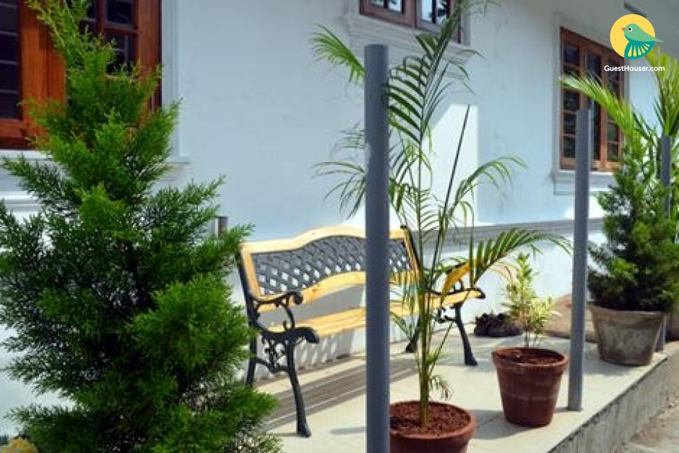 Well-furnished stay for 3, near Fort Kochi