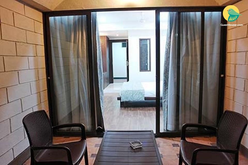 Luxurious room near Panchakki