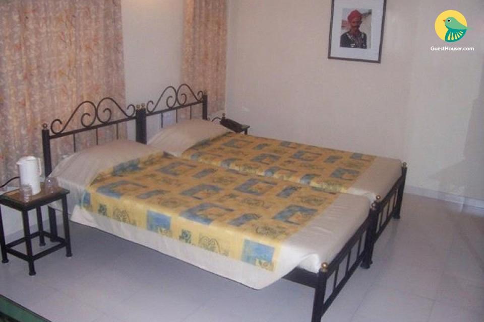 Enjoy local stay in Bhavnagar