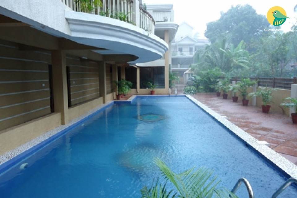 Capacious room with pool for 3, close to Baga beach