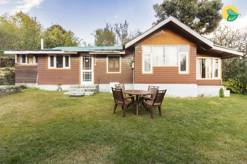 2-BR hillside cottage