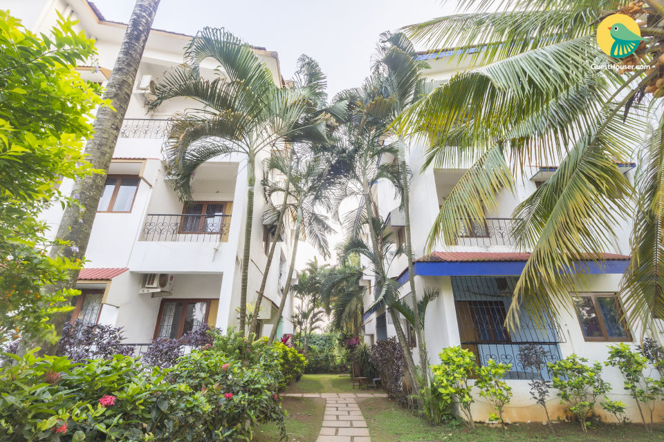 Comfortable 2 BHK for a family, with a pool