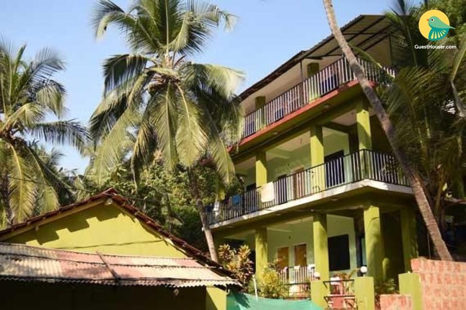 Basic accommodation for 3