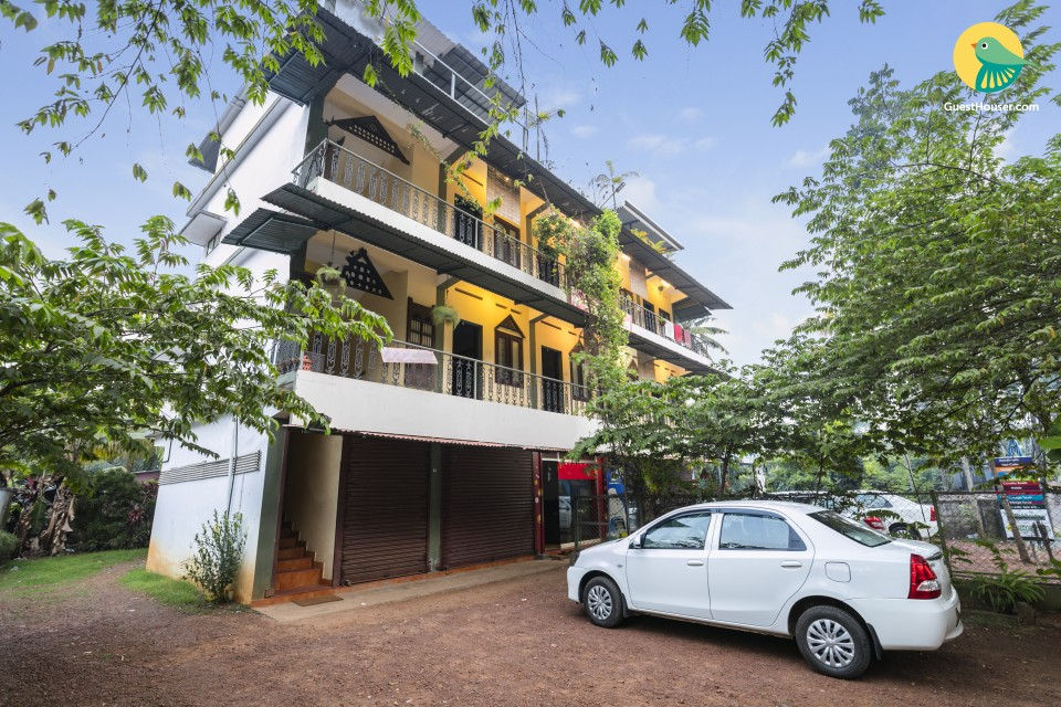 Well-furnished 8-BR stay, close to Alleppey beach