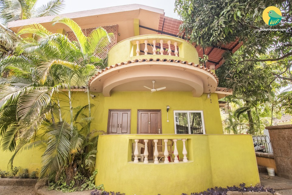 Cheerful stay for solo travellers, 900 m from Candolim Beach