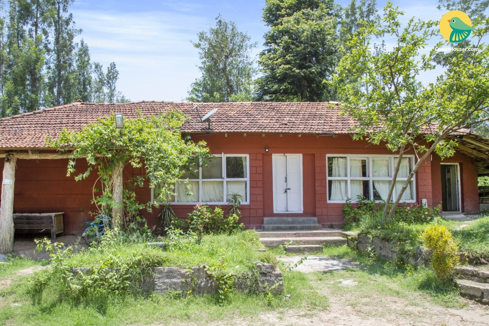 Peaceful 2-BR retreat for a large travelling group of 15