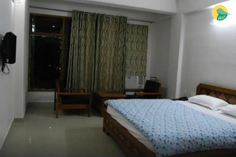 Stay In Beautiful semi deluxe rooms