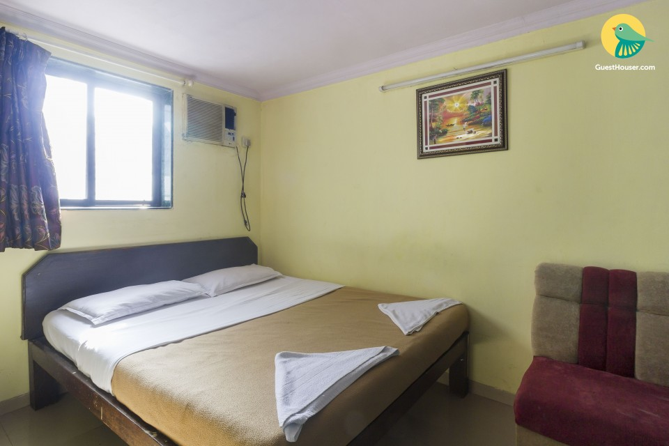 Comfortable room for backpackers, in the vicinity of the Airport