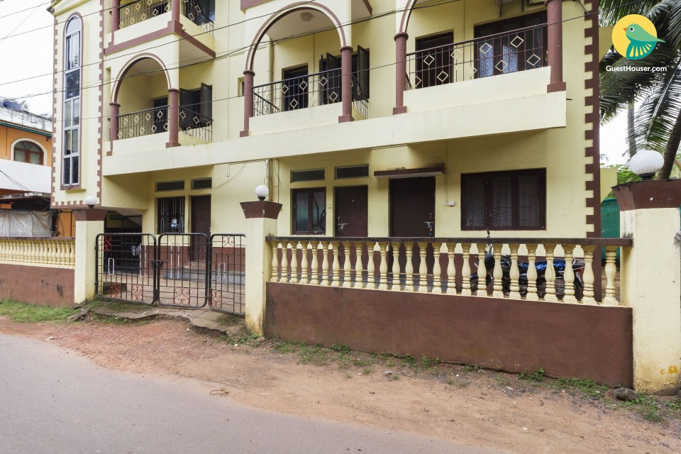 Budget 8-bedroom accommodation in Colva