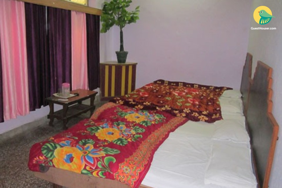 Decent Family Stay in Haridwar