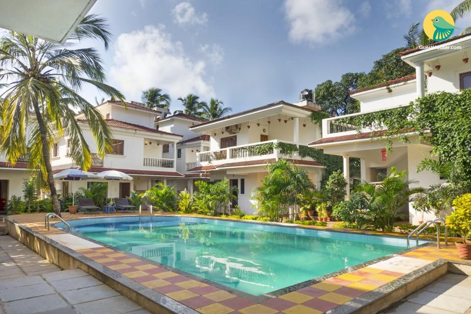 Lavish 4-BHK pet-friendly pool villa, in proximity to Baga and Calangute Beach