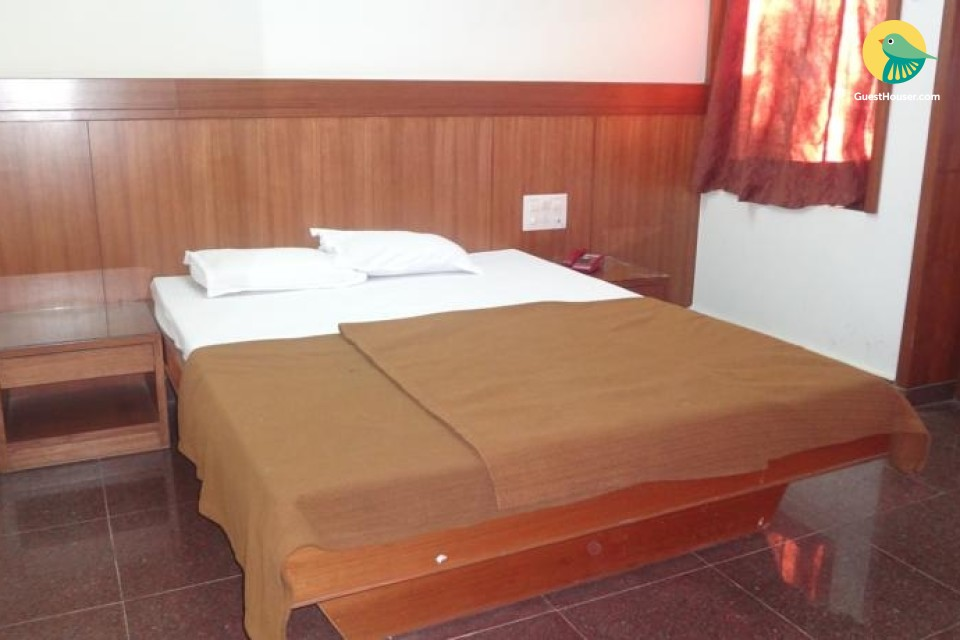Pleasant room for 3, ideal for budget travellers