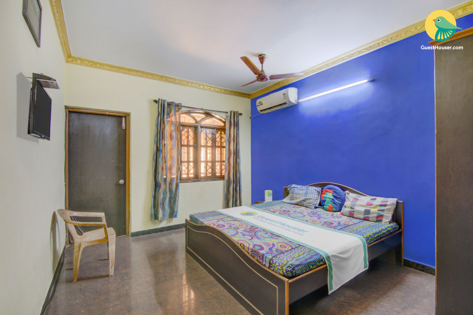 Guesthouse room near Calangute Beach