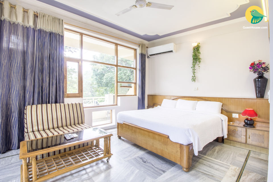 Idyllic stay for two, near Muni Ki Reti