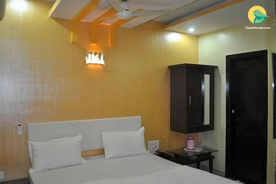 Elegant 1 bedroom accommodation in Andheri East