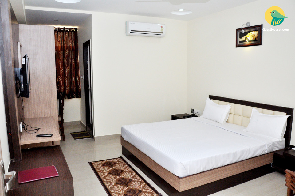 Comfortable private room in Gwalior