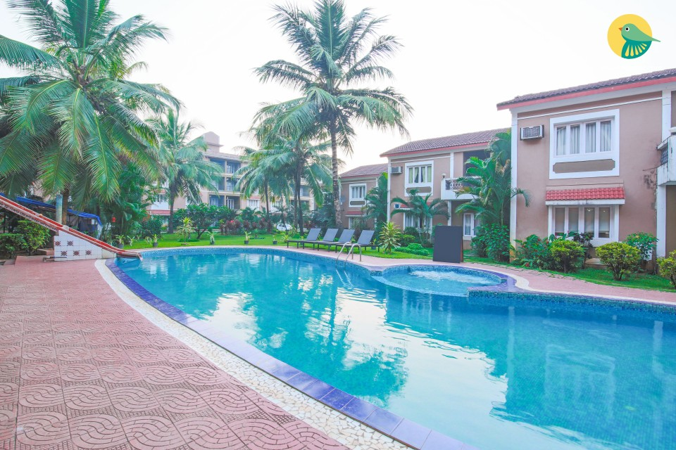 Plush 1-BR apartment with a pool, near Candolim beach