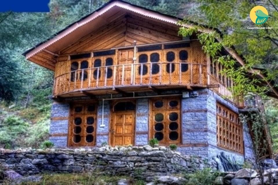 Basic 3 BR Cottage