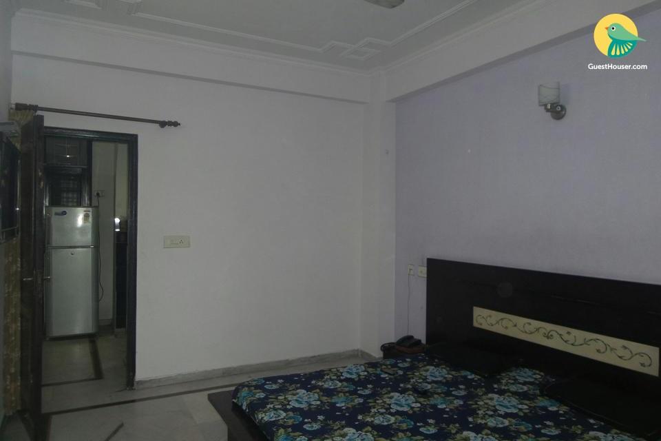 2 Bedroom Apartment in Ghaziabad