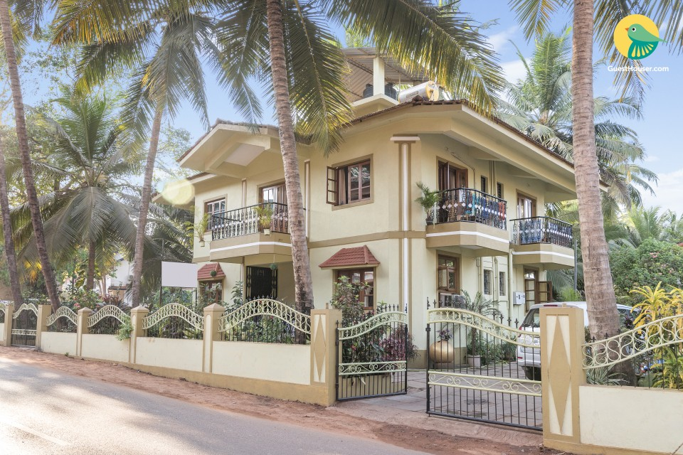 Well-lit single room accommodation, close to Calangute and Baga beach