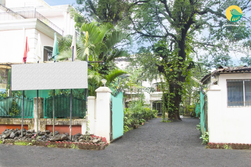 Elegant 4-BHK cottage with a pool for a fun vacation