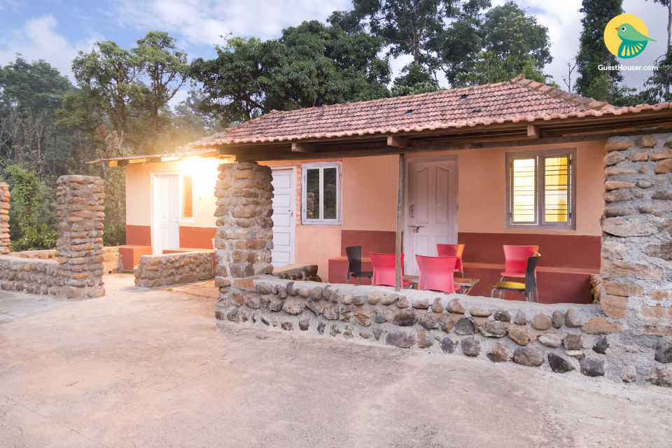 4-bedroom homestay with spacious rooms