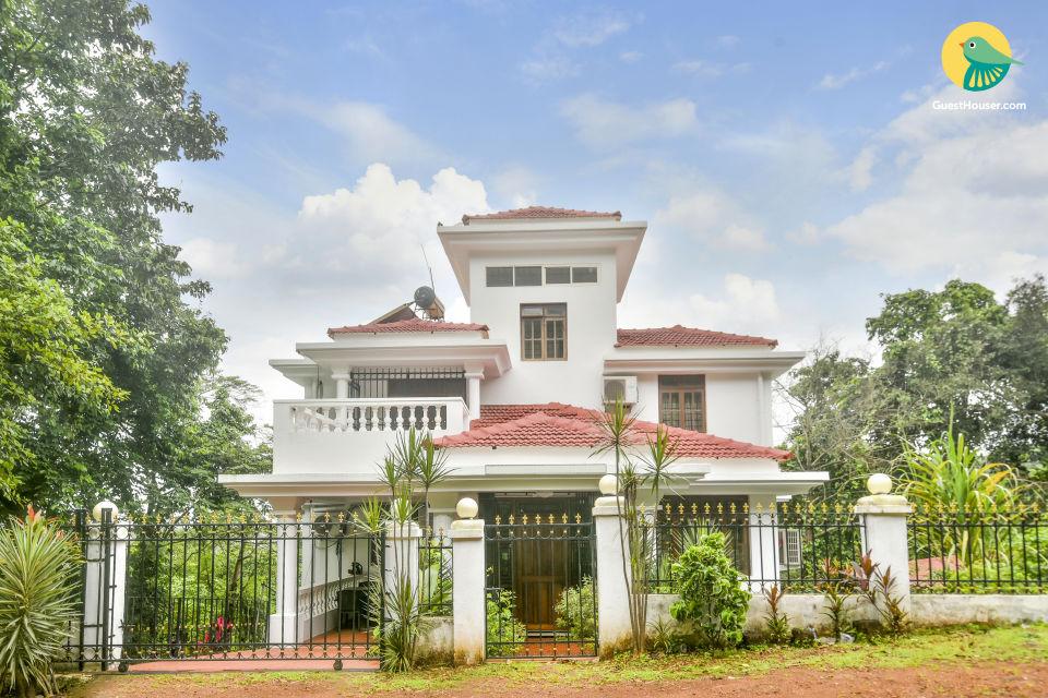 Idyllic 4-bedroom villa, near Candolim Beach
