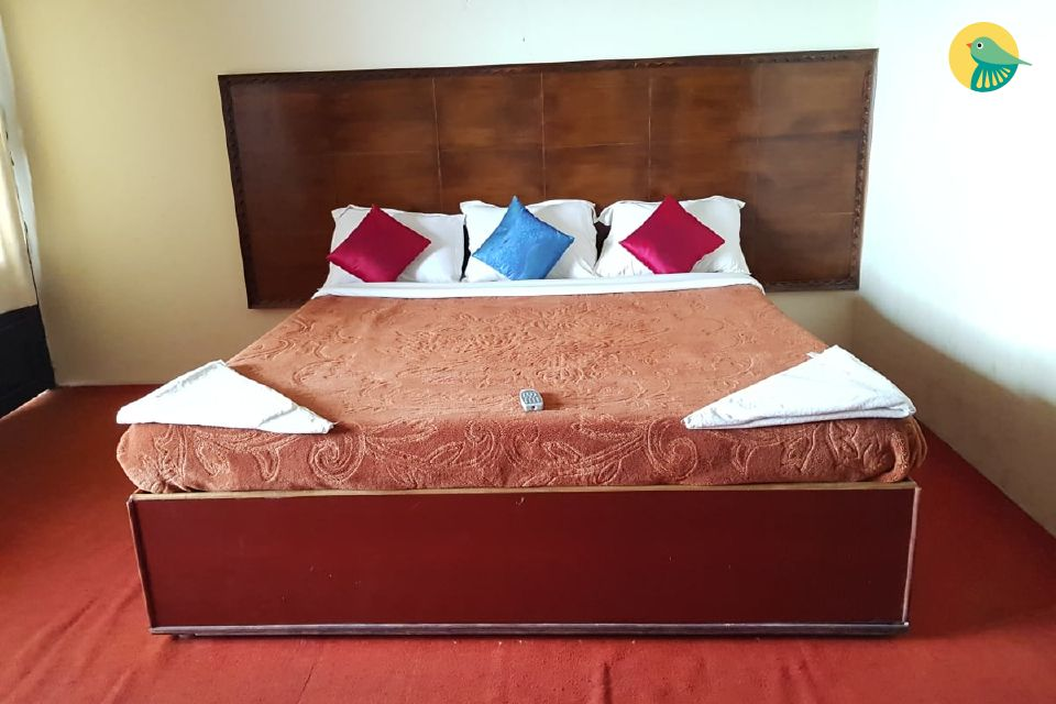 Deluxe Room Stay Close to Coaker's Walk