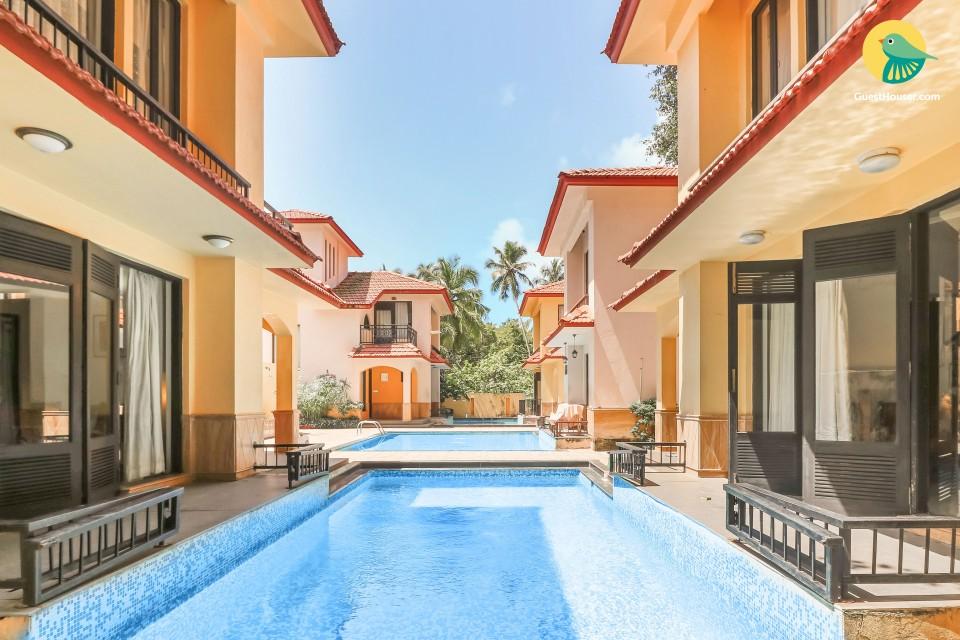 4-BR villa with a shared pool, near Vagator Beach