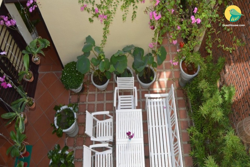 6 Bedroom homestay available to Stay