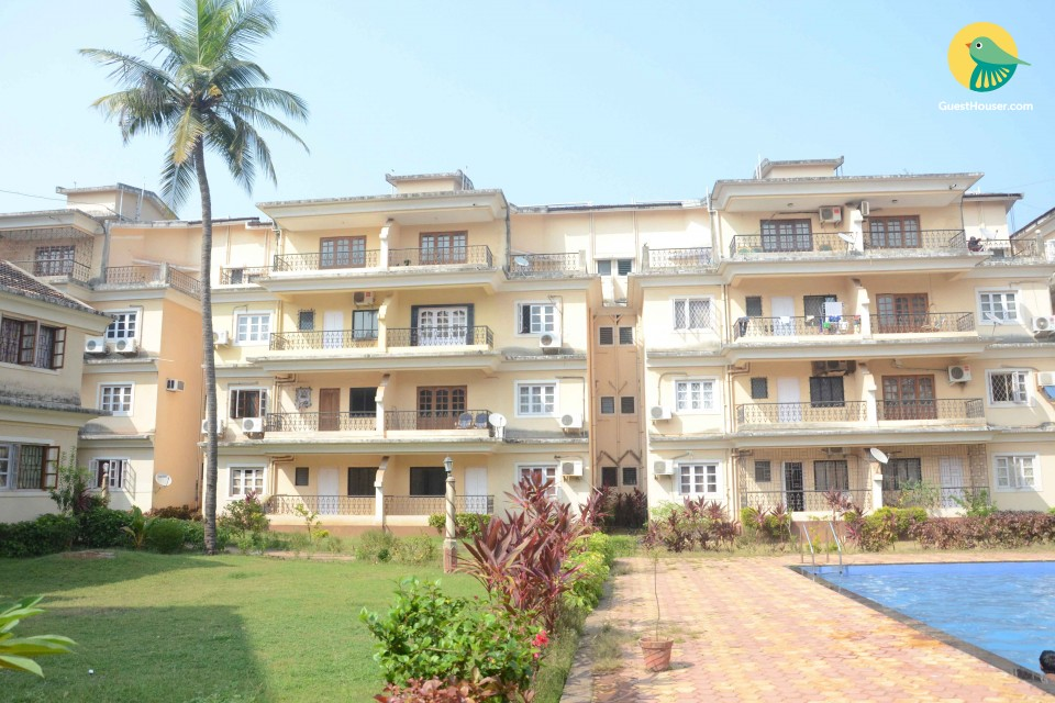 3 BHK apartment with pool, 2km from Baga beach