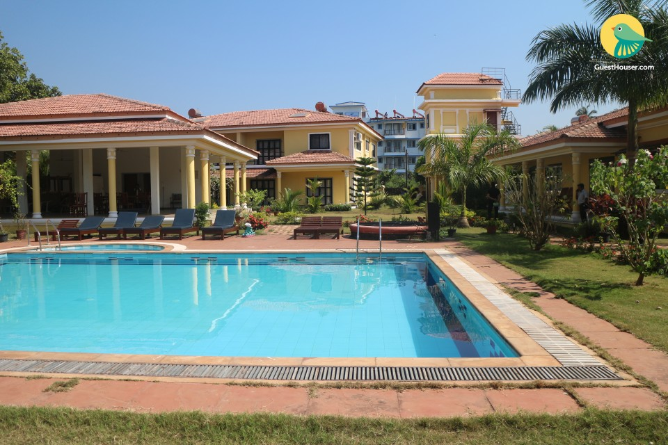 Luxurious 2-bedroom apartment ideal for a family retreat, 750 m from Vagator beach