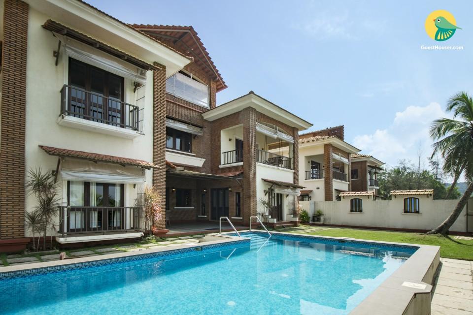 Contemporary 4-BR villa, close to Calangute Beach
