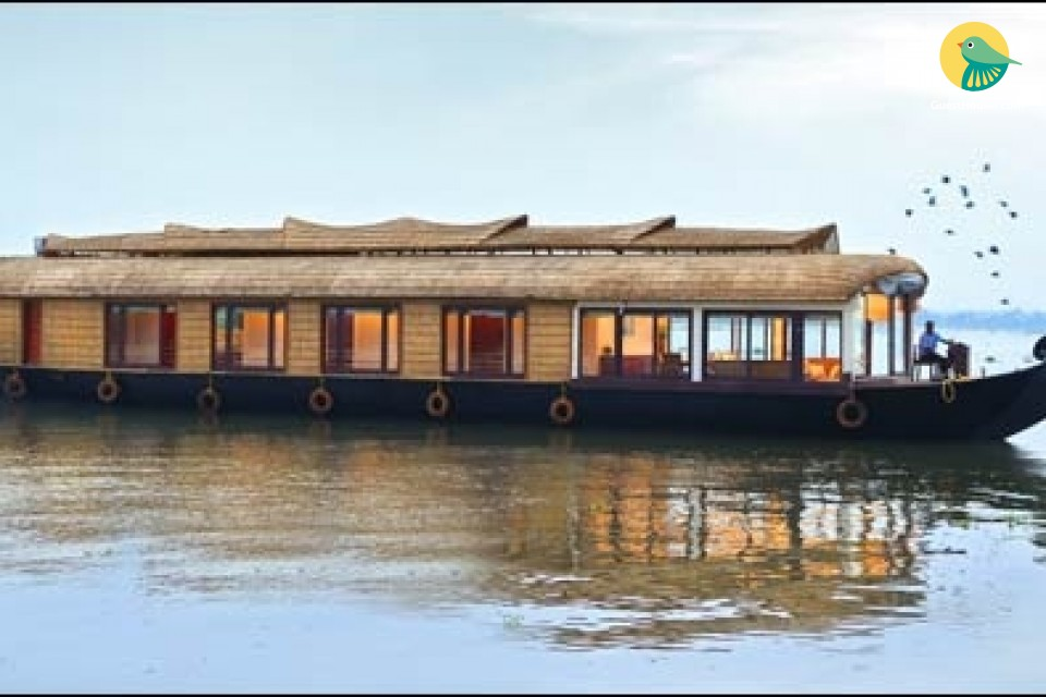 3-Bedroom Traditional Rustic Houseboat