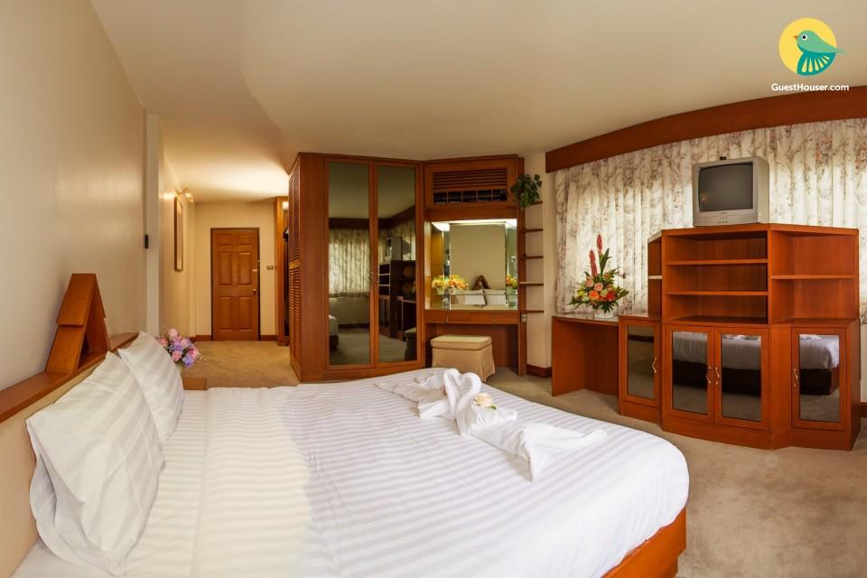 Lavish room to stay