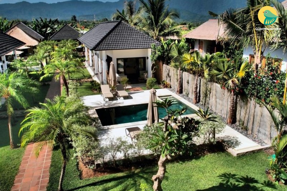 Lavish stay with private pool