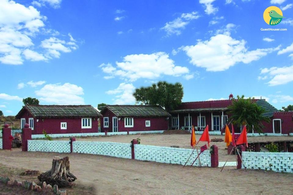 Cottages in desert