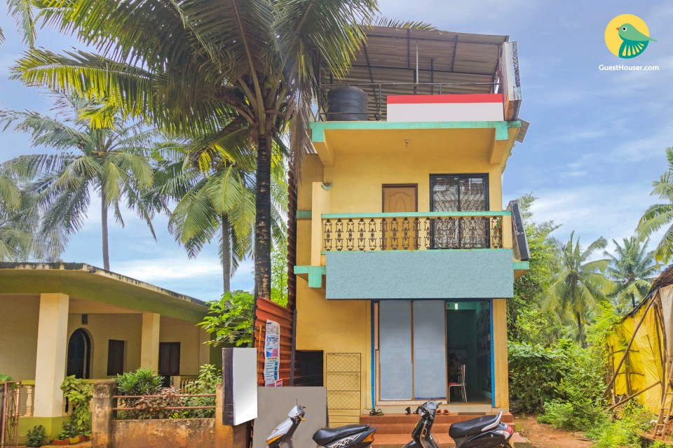 Comfy 3-BR guest house, a stone's throw away from Calangute Beach